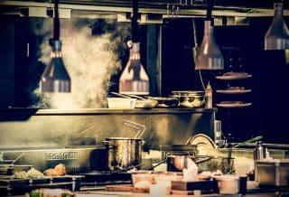 Deux astuces de cuisine efficaces pour enlever les taches